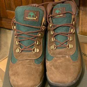 Timberland Field Boot Junior 'Green' size 7